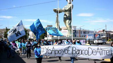 Photo of Caleta Olivia, Barrios de Pie marchó al HCD y pidió «apuro» en el proyecto del Banco de Alimentos.