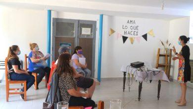 Photo of Caleta Olivia, Iniciaron las capacitaciones a productores en la Sala de Elaboración Comunitaria.