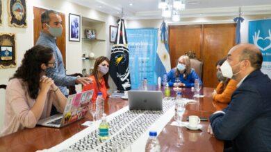Photo of Alicia Kirchner se reunió con investigadores del CONICET.