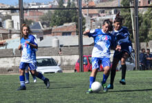 Photo of Caleta Olivia, Mes de la Mujer: con amplia participación se concretó el encuentro de fútbol femenino.