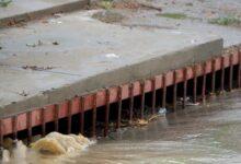 Photo of Caleta Olivia, Servicios reforzó la limpieza de pluviales y evitó anegamientos en distintas arterias.