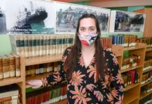 Photo of Carla Bochetto Becerra, directora de la Biblioteca Juan Hilarión Lenzi.